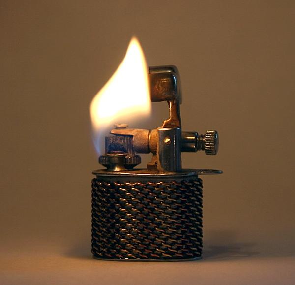 Бензин для зажигалок zippo своими руками